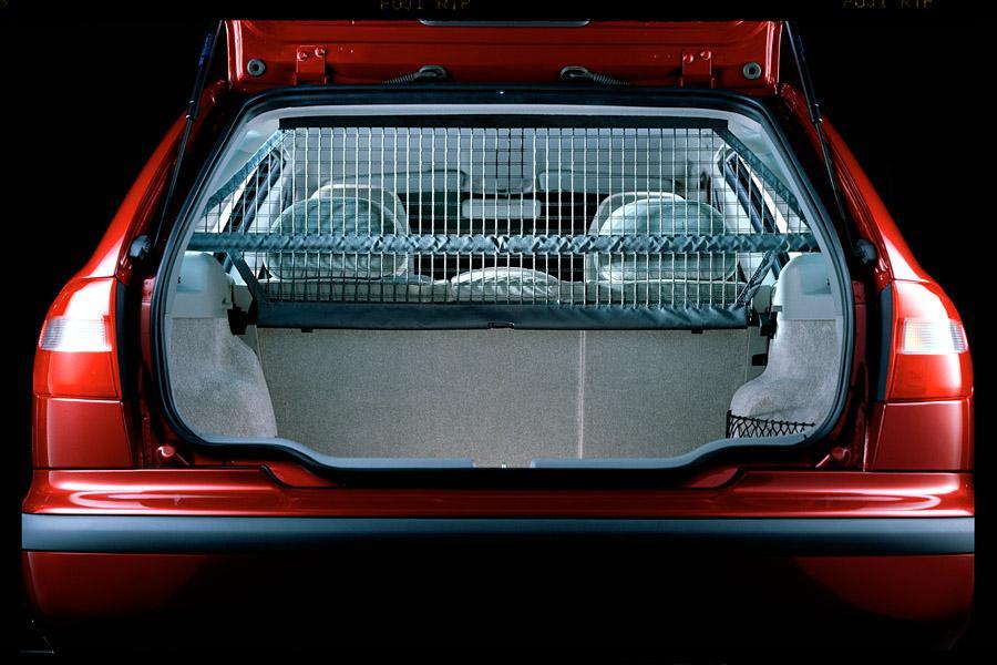 2000 Volvo V40 Photo 4 of 7