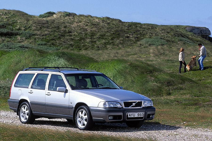 2000 volvo v70 overview. Black Bedroom Furniture Sets. Home Design Ideas