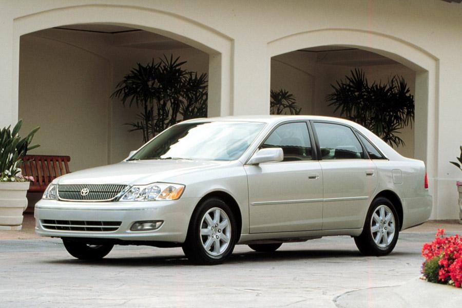 2000 Toyota Avalon Photo 2 of 4