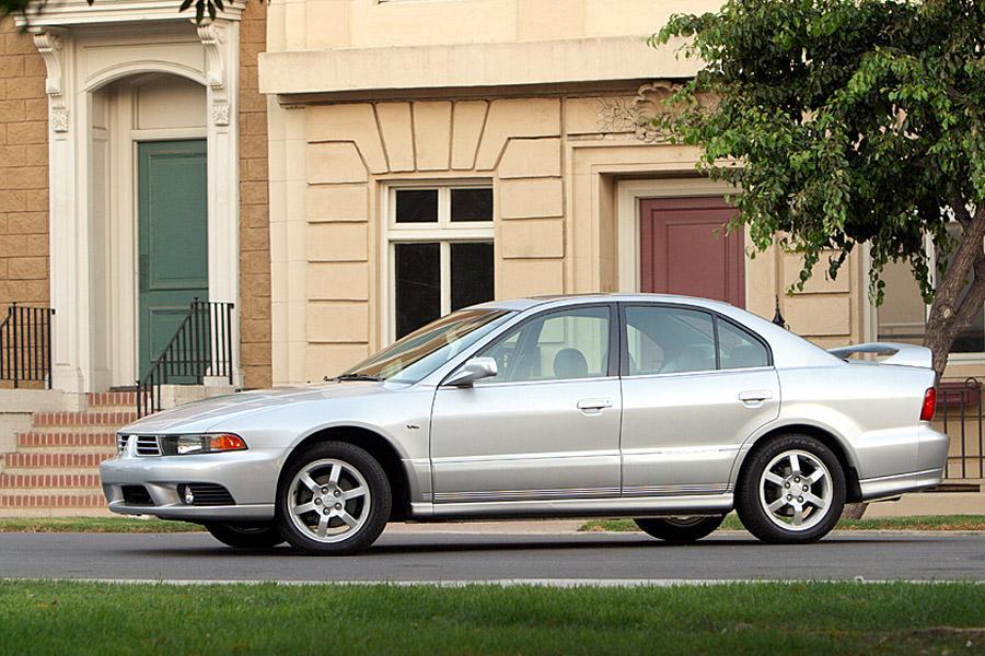 2003 Mitsubishi Galant Photo 2 of 5