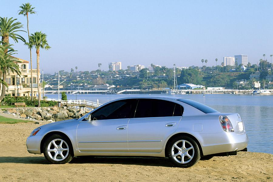 2003 Nissan Altima Photo 5 of 10