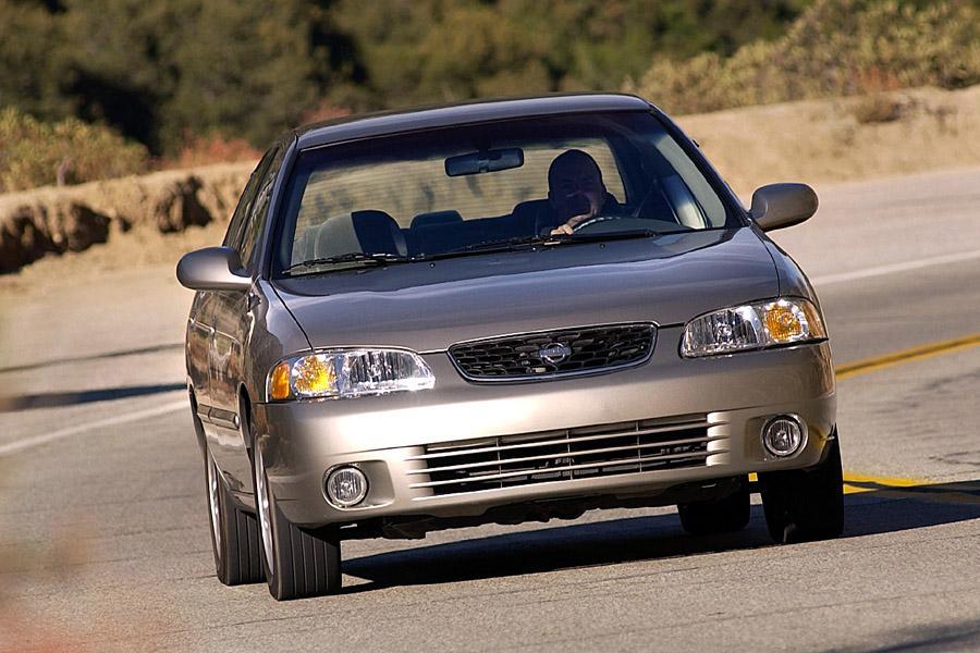 2003 Nissan Sentra Photo 4 of 10