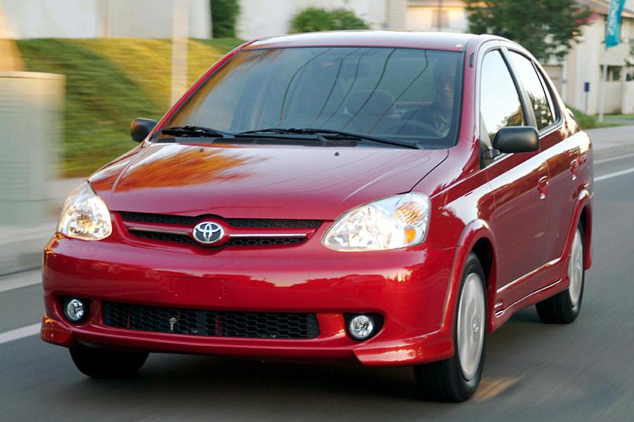 Estimate My Car Payment >> 2003 Toyota ECHO Overview | Cars.com