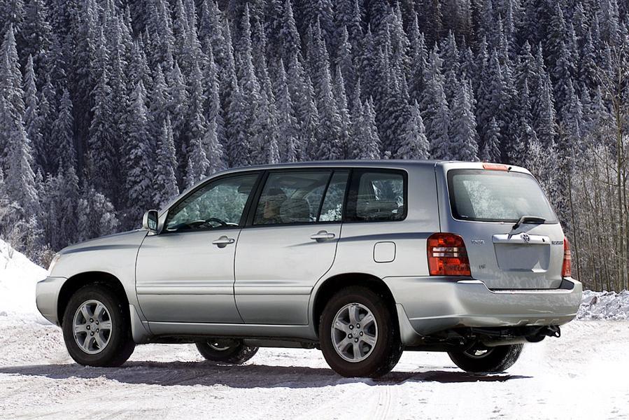 2003 Toyota Highlander Photo 2 of 9