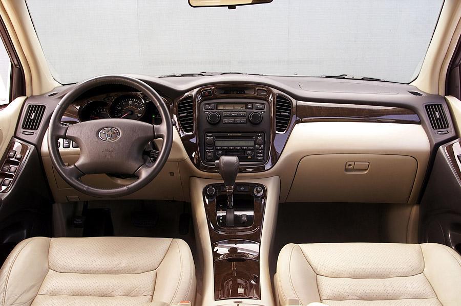 2013 Toyota Highlander For Sale >> 2003 Toyota Highlander Reviews, Specs and Prices | Cars.com