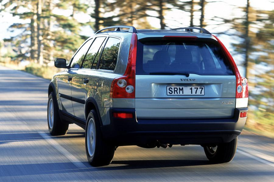 2003 Volvo XC90 Photo 1 of 17