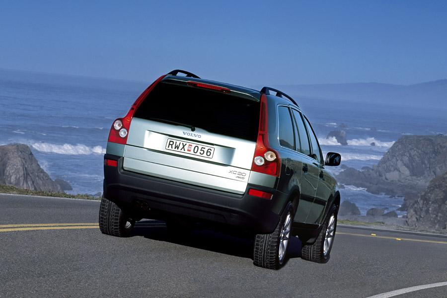 2003 Volvo XC90 Photo 4 of 17