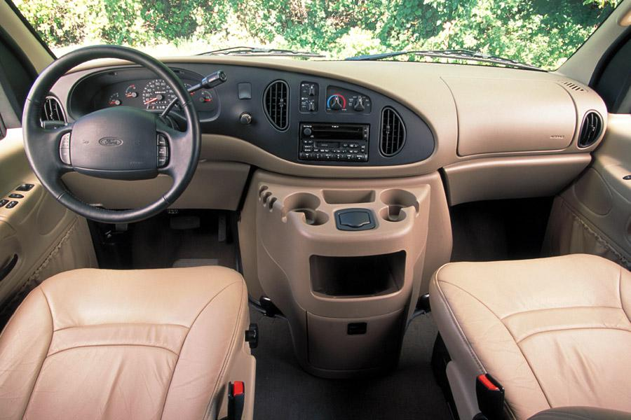 2002 Ford E150 Photo 5 of 7
