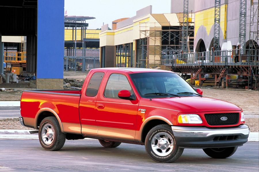 2002 Ford F-150 Photo 2 of 4
