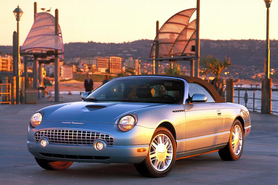 2002 Ford Thunderbird Photo 2 of 13