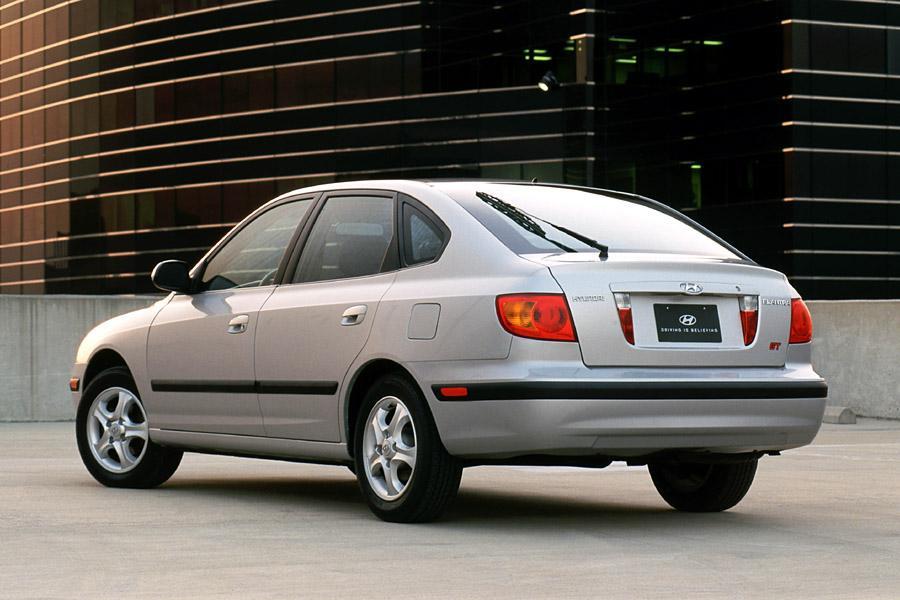 2002 Hyundai Elantra Photo 1 of 8