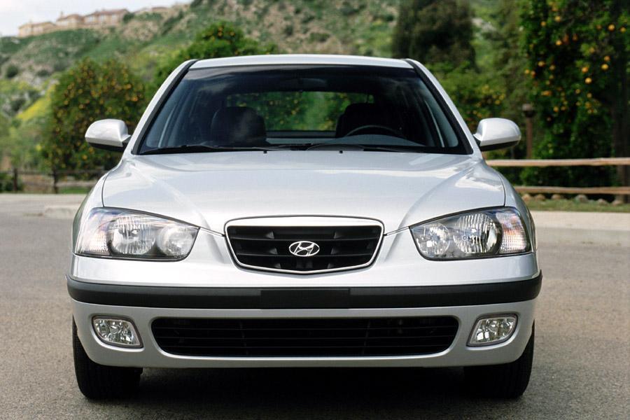 2002 Hyundai Elantra Photo 4 of 8
