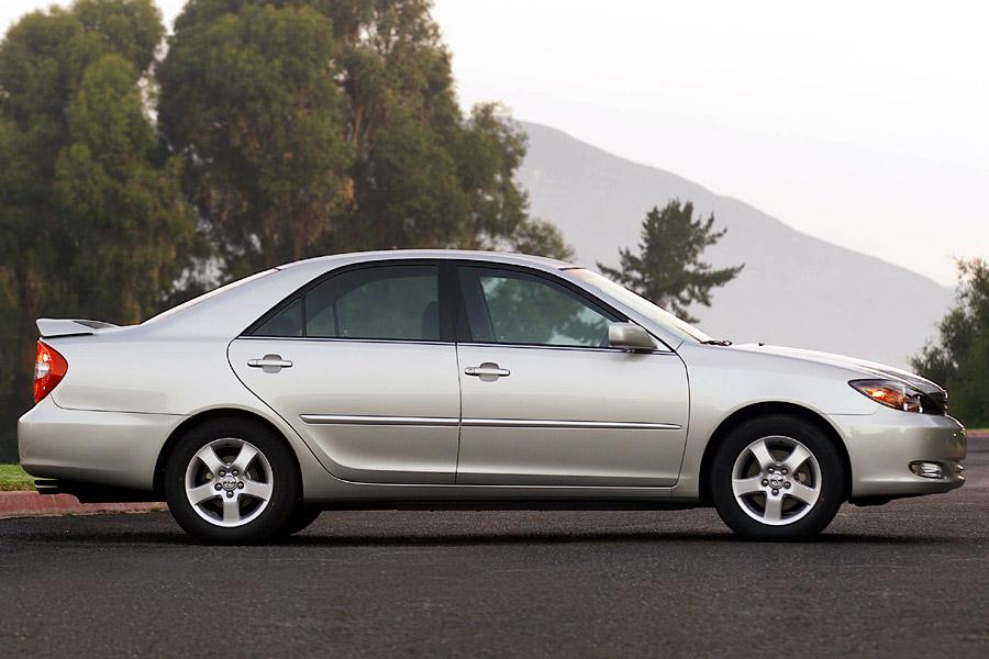 2010 Toyota Camry For Sale >> 2002 Toyota Camry Reviews, Specs and Prices | Cars.com