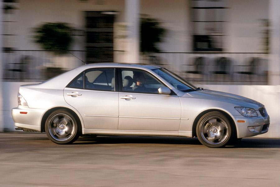 2002 Lexus IS 300 Photo 4 of 8