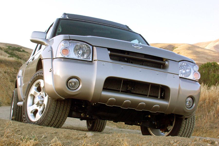 2002 Nissan Frontier Photo 2 of 13