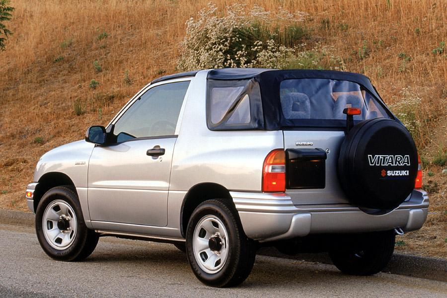 2002 Suzuki Vitara Photo 2 of 5