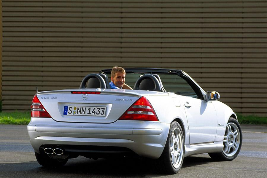 2002 Mercedes-Benz SLK-Class Photo 2 of 5
