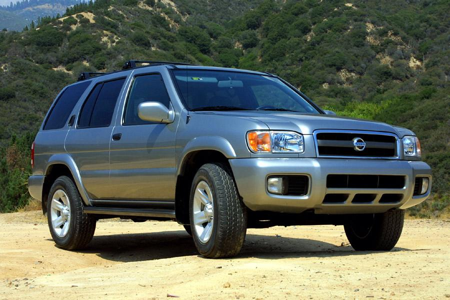 2002 Nissan Pathfinder Photo 1 of 11
