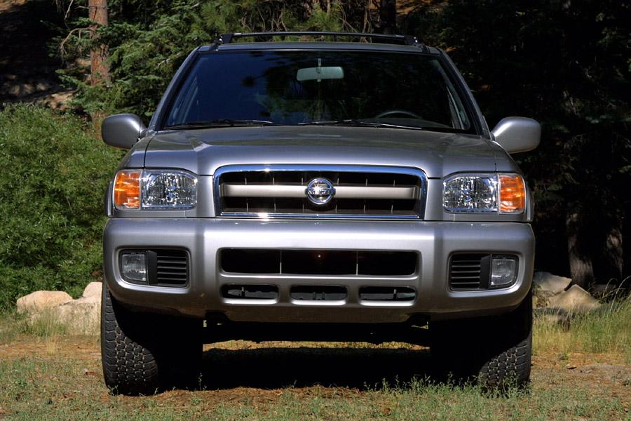 2002 Nissan Pathfinder Photo 4 of 11