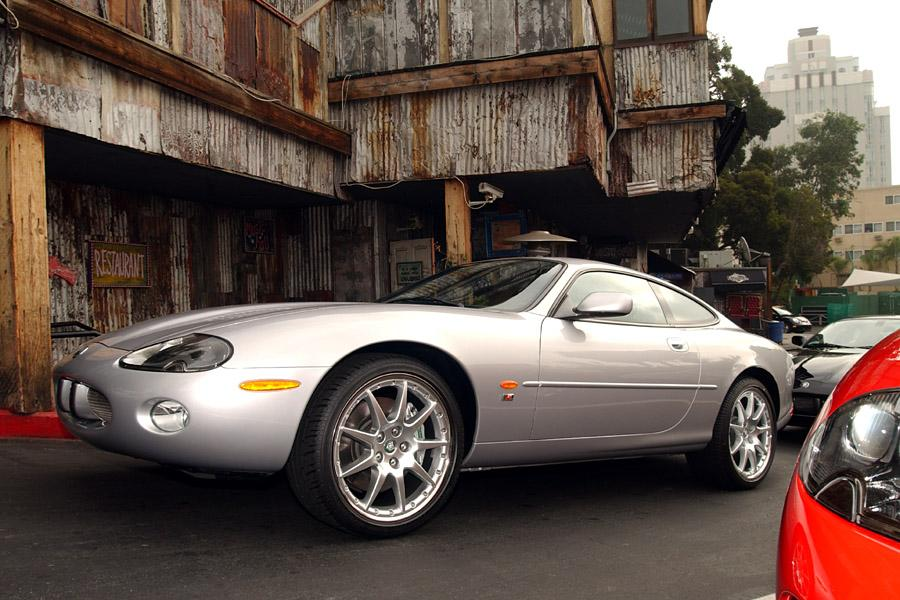 2003 Jaguar XKR Photo 3 of 6