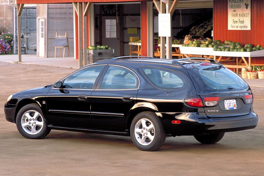 2002 Ford Taurus Photo 2 of 5
