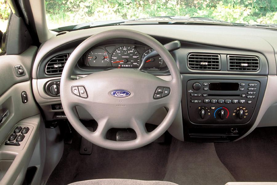 2002 Ford Taurus Photo 4 of 5
