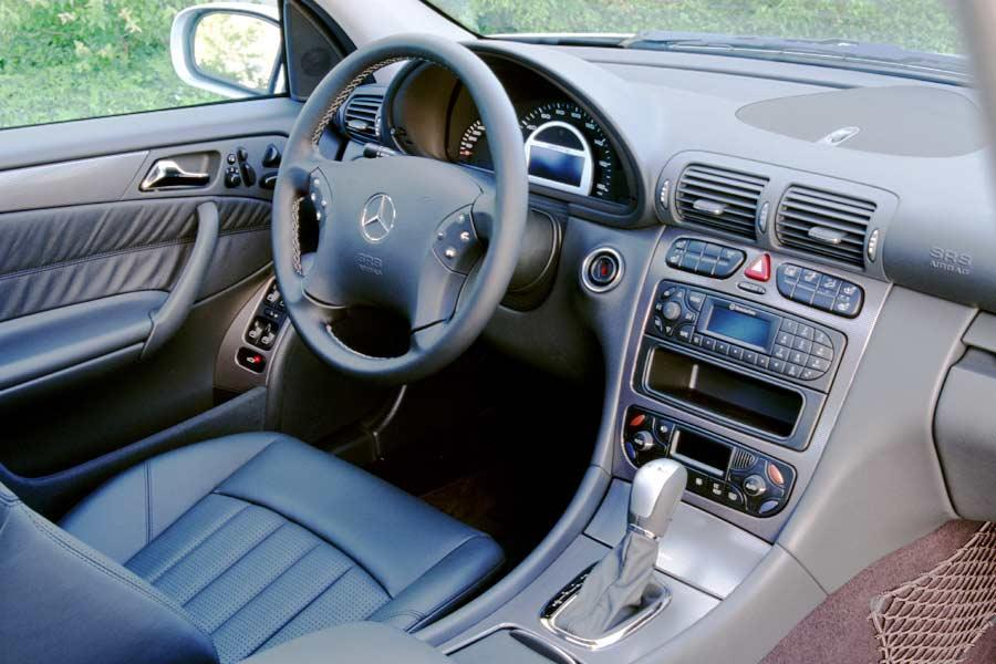 2004 mercedes benz c class reviews specs and prices. Black Bedroom Furniture Sets. Home Design Ideas