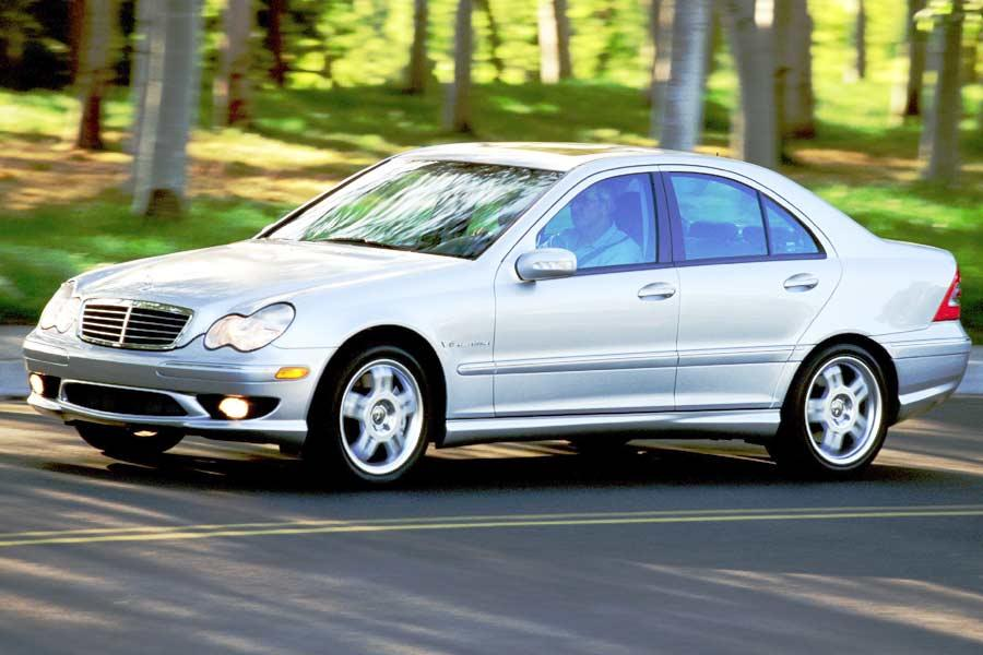 2004 Mercedes-Benz C-Class Photo 3 of 10