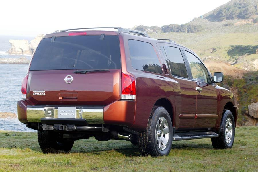 2004 Nissan Armada Photo 4 of 10