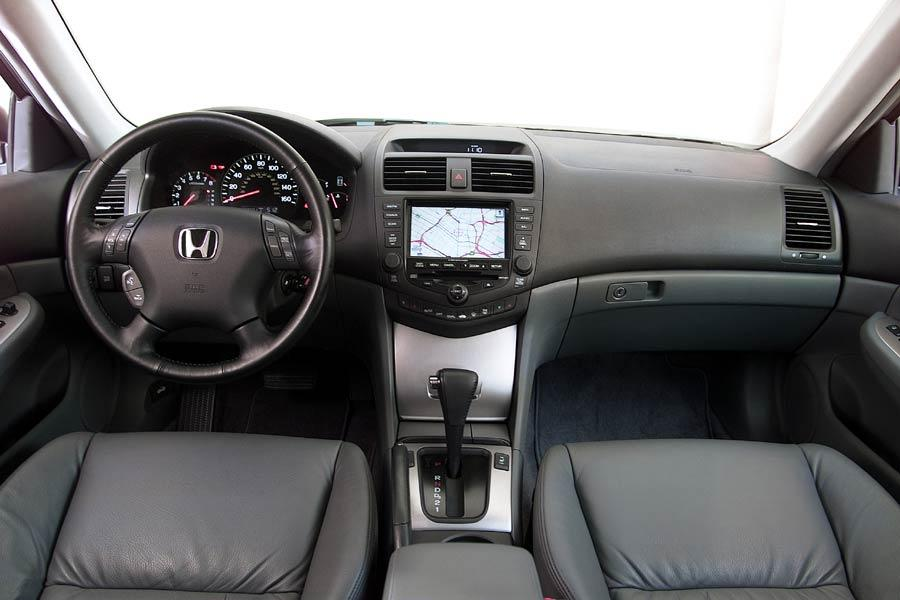 2004 Honda Accord Specs Pictures Trims Colors Cars Com