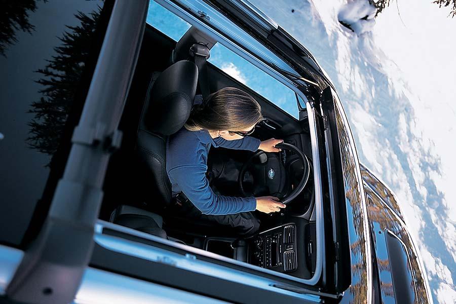2004 Subaru Forester Photo 6 of 10