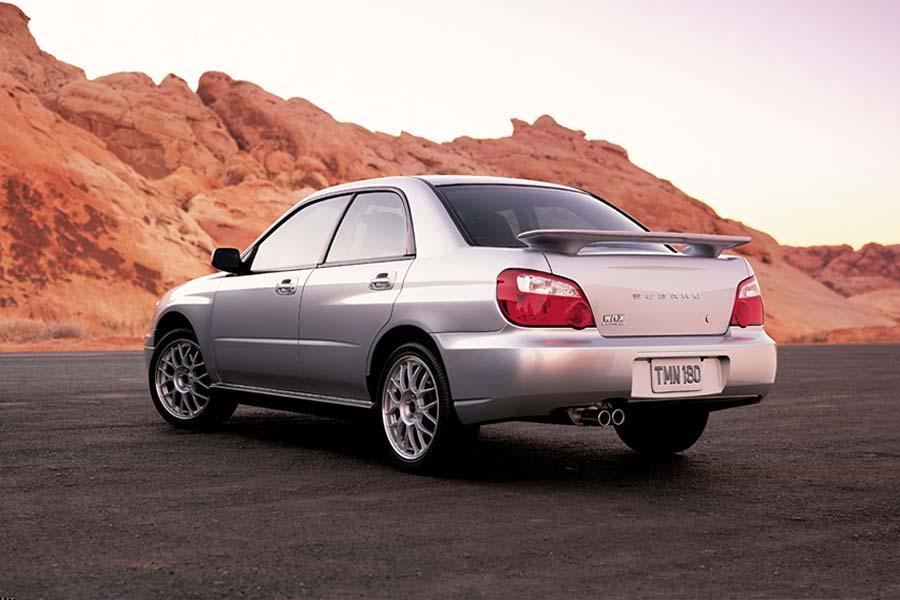 2004 Subaru Impreza Photo 2 of 17