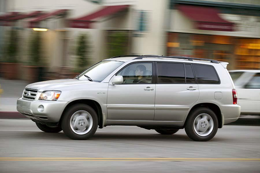 2004 Toyota Highlander Photo 3 of 9