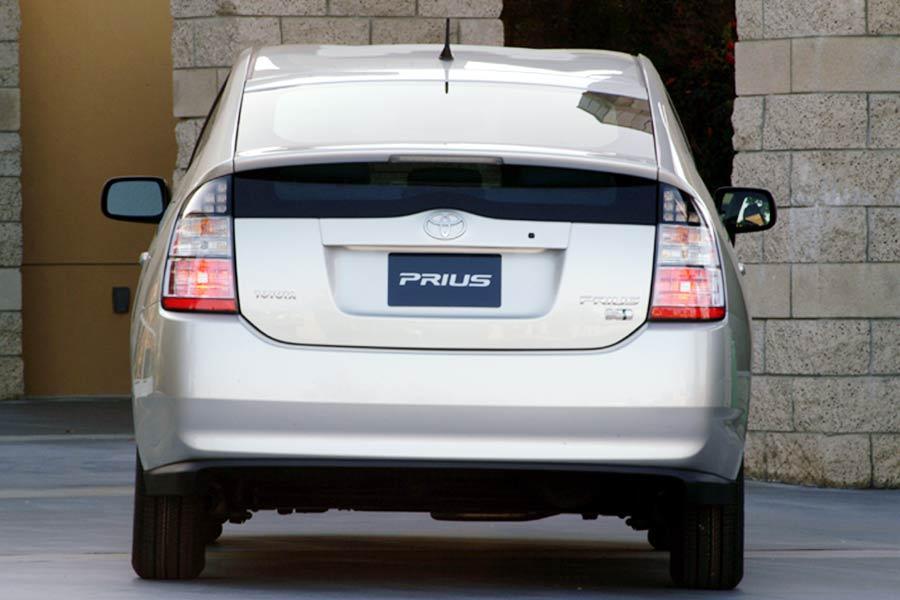 2004 Toyota Prius Photo 4 of 10