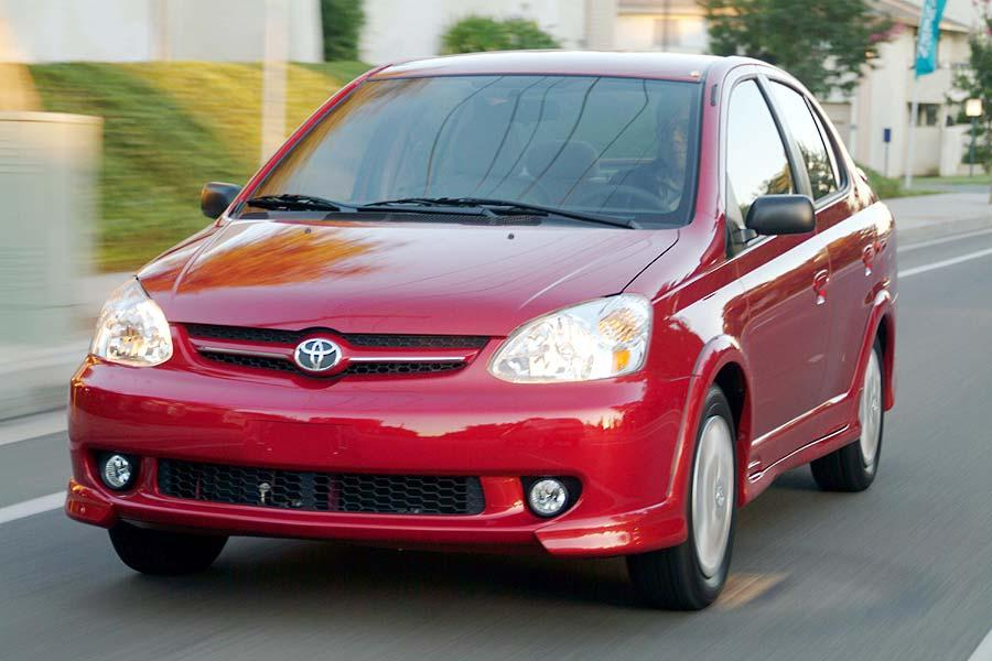 2004 Toyota ECHO Photo 4 of 6