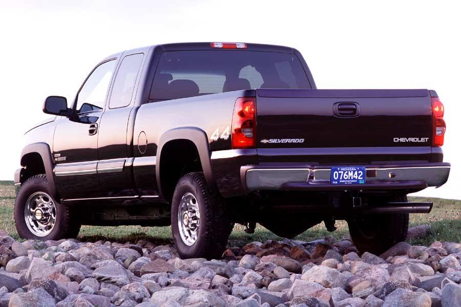 2004 Chevrolet Silverado 1500 Photo 4 of 8