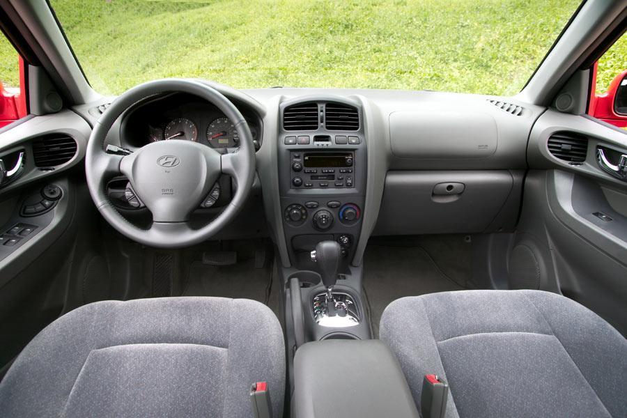 2004 Hyundai Santa Fe Reviews Specs And Prices Cars Com