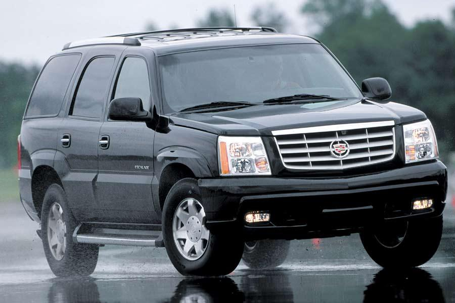2004 cadillac escalade overview. Black Bedroom Furniture Sets. Home Design Ideas