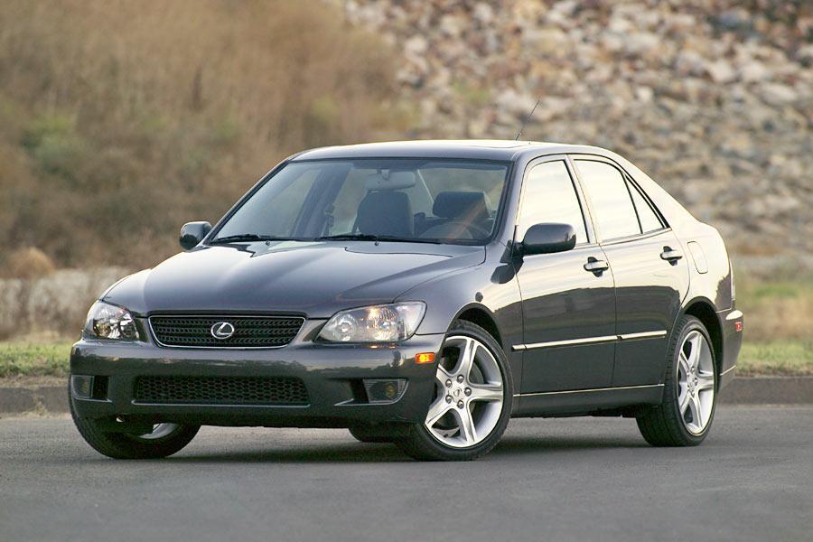 2004 Lexus IS 300 Photo 1 of 9