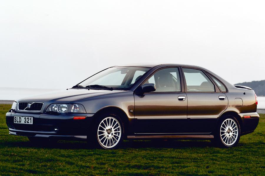 2004 Volvo S40 Reviews, Specs And Prices