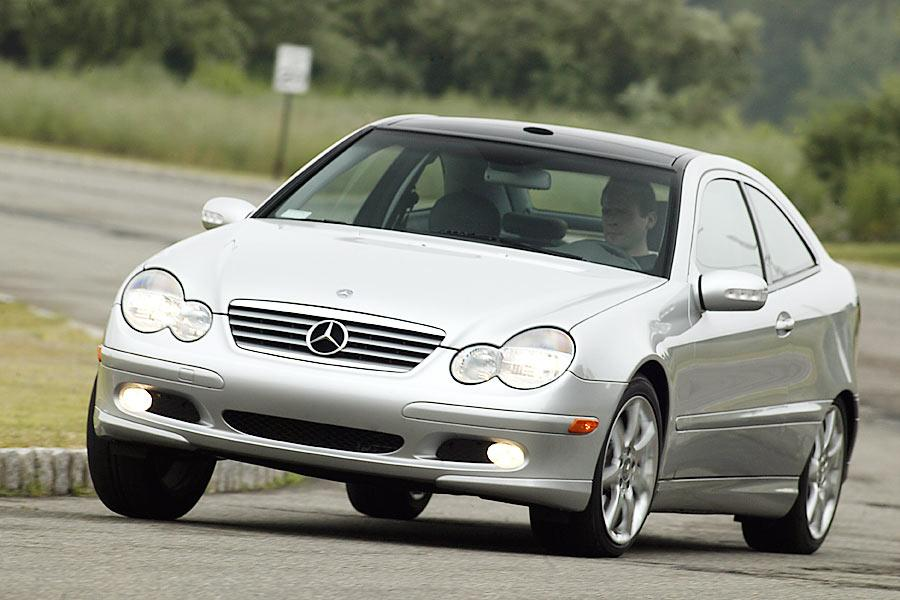 2004 Mercedes-Benz C-Class Photo 1 of 10