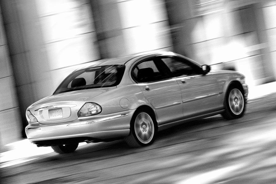 2004 Jaguar X-Type Photo 1 of 9