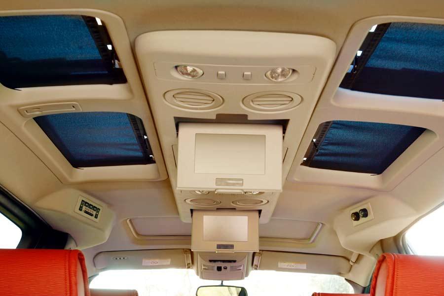 2004 Nissan Quest Specs, Pictures, Trims, Colors || Cars.com