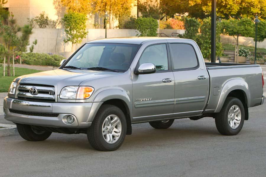 Toyota Tundra Towing Capacity >> 2004 Toyota Tundra Specs, Pictures, Trims, Colors || Cars.com