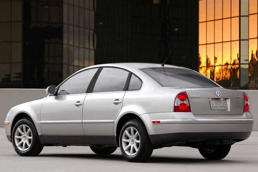 2004 Volkswagen Passat Overview | Cars.com