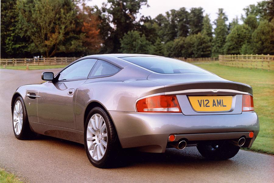 2004 Aston Martin V12 Vanquish Photo 3 of 8