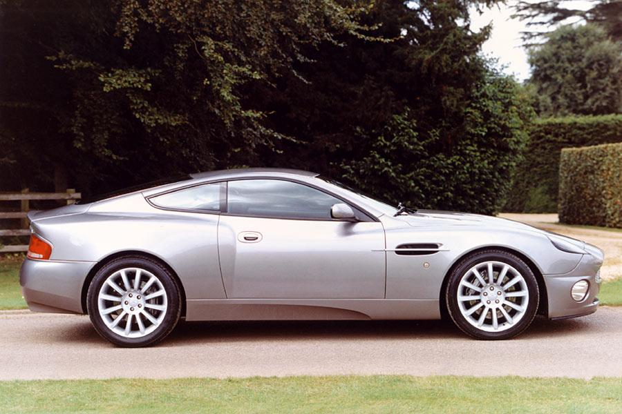 2004 Aston Martin V12 Vanquish Photo 4 of 8