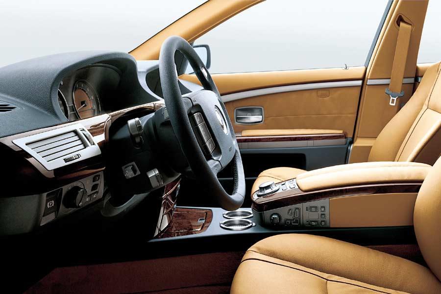 2004 BMW 745 Photo 6 of 6