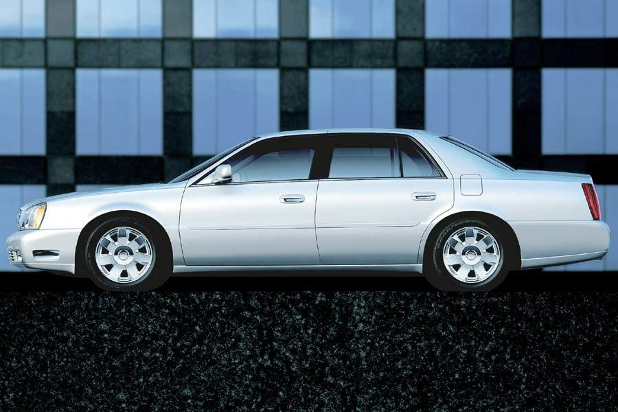 2004 Cadillac DeVille Photo 3 of 7