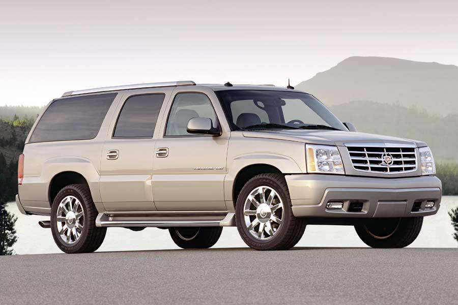 2004 Cadillac Escalade ESV Photo 3 of 7